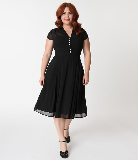 Sort chiffon kjole plus size