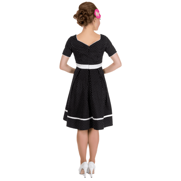 f202a237 Køb Prikket Kjole Med Korte Ærmer (sort) - Price: 450,00,-